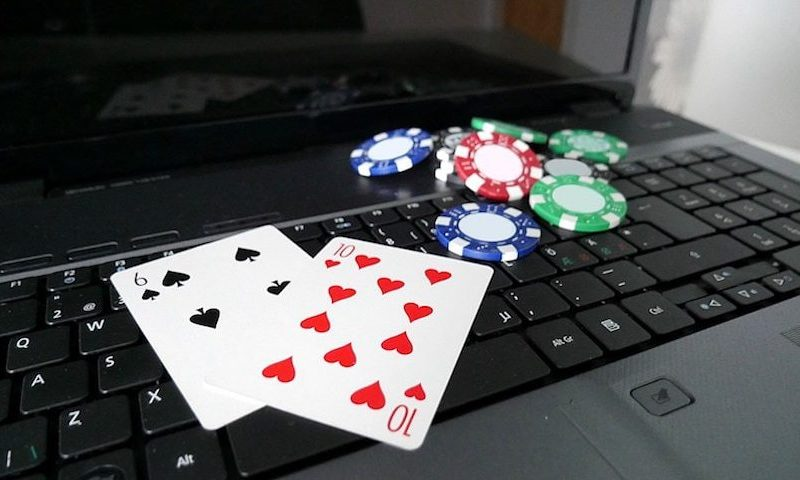 How to check the bonus while playing Poker Indonesia?