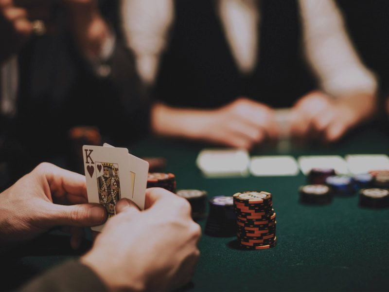 Choose the right online casino site of 918kiss